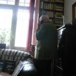 La 93 de ani, istoricul se lupta cu timpul intre carti, intalniri, interviuri si telefoane