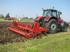 tractor-pe-camp
