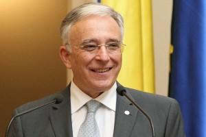 Mugur-Isarescu1
