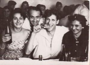 11.o_petrecere_intre_prieteni_la_mijlocul_anilor_1960