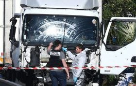 lorry-689783-300x178