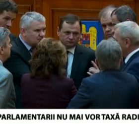 """taxa radio tv parlament"""