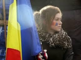 LA OHA LA POARTĂ E O MÂŢĂ MOARTĂ cine-o râde şi-o vorbi.. HAI CĂ SE POATE , HAI CĂ AVEM..... Mâna moartă a președintelui Iohannis Unknown-1-2